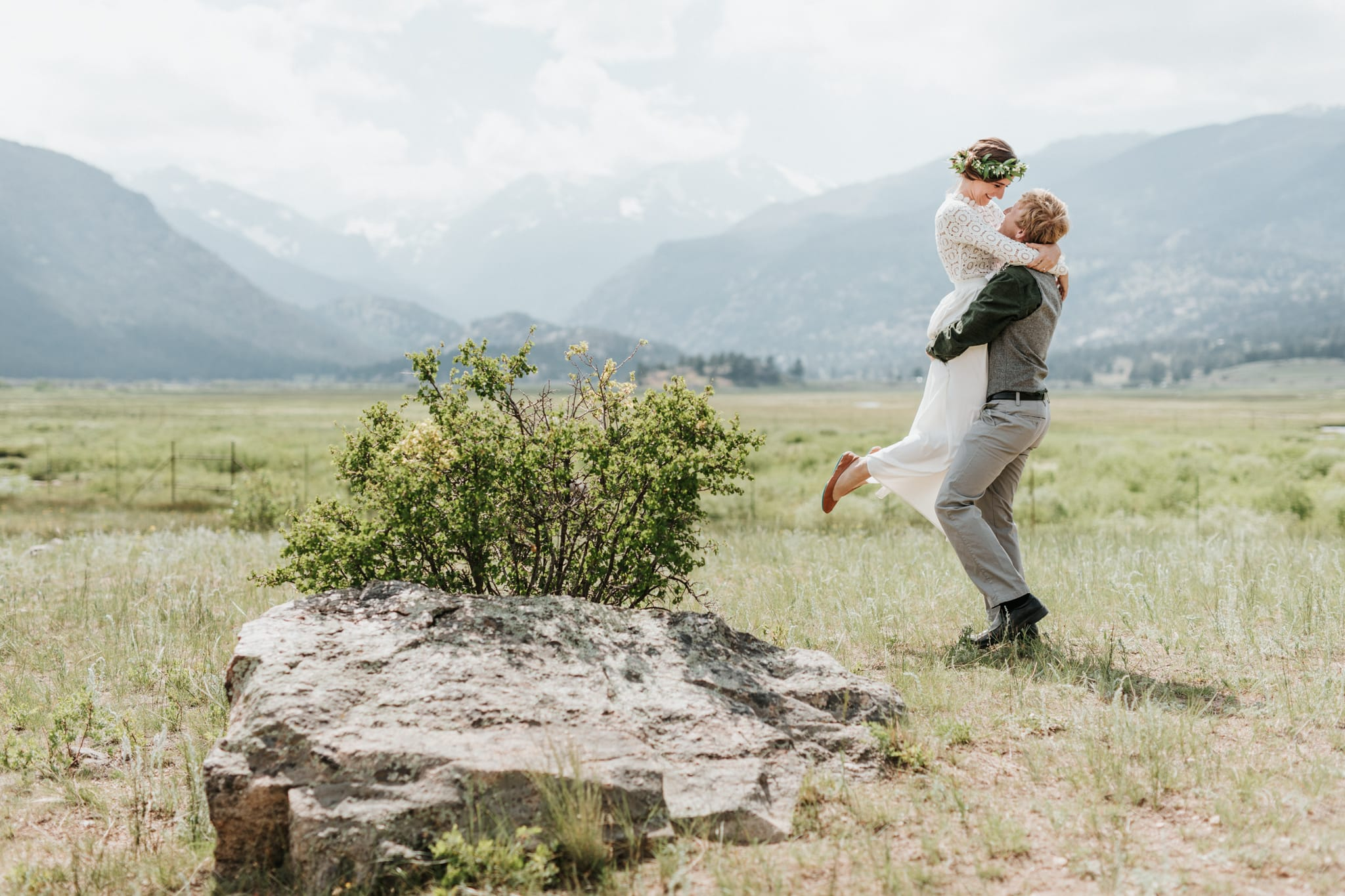 O'Connor Pavilion Rocky Mountain National Park Intimate Outdoor Wedding Portraits at Moraine Park