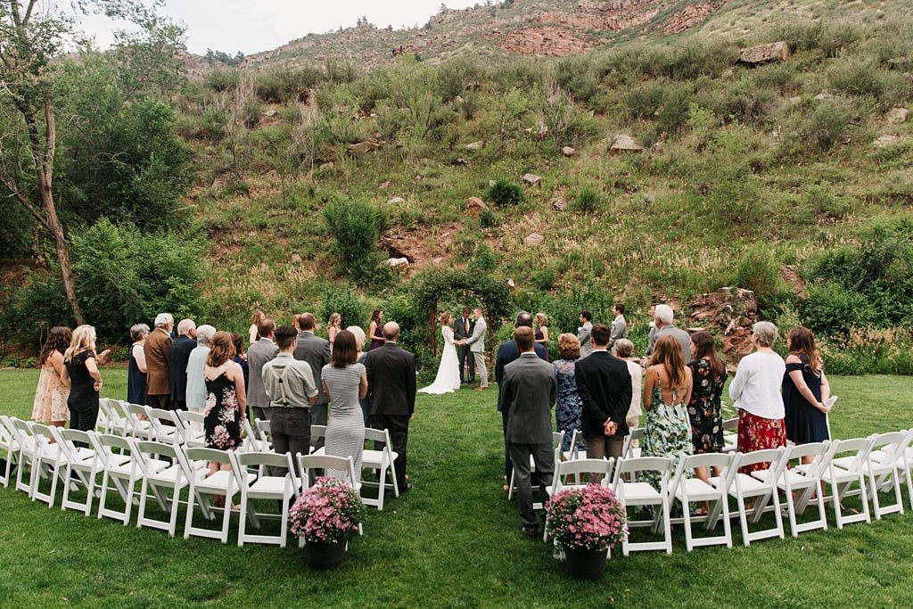 Stone Mountain Lodge wedding ceremony in Lyons