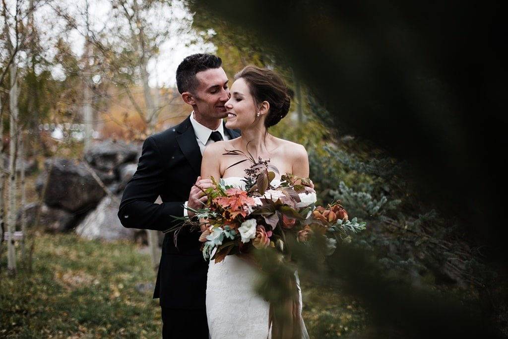 First look at Devil's Thumb Ranch winter wedding