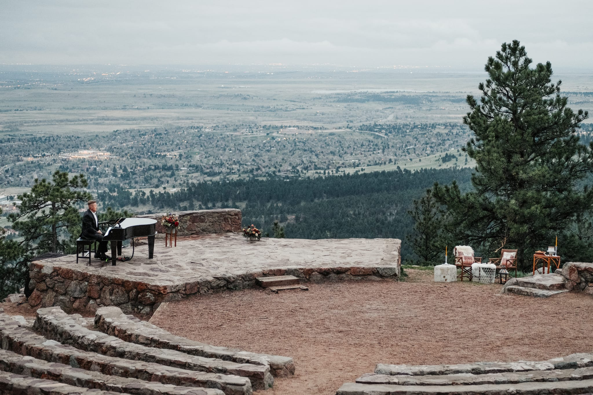 Sunrise Amphitheater wedding venue, Boulder elopement photographer