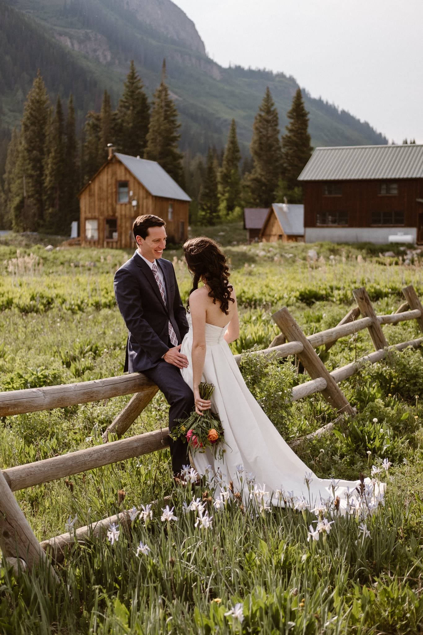 Crested Butte elopement photographer, Colorado adventure wedding photographer, bride and groom portraits in Gothic
