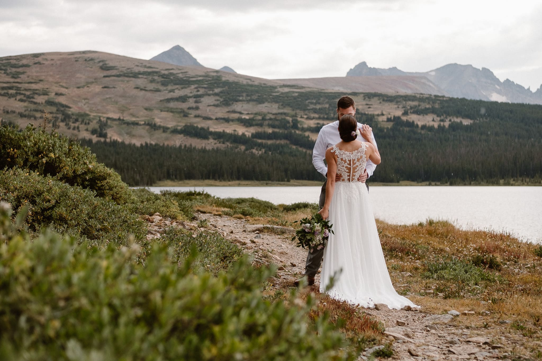 Boulder Colorado mountain elopement photographer, alpine lake adventure wedding, wedding photos, bride and groom portrait, mountain wedding,