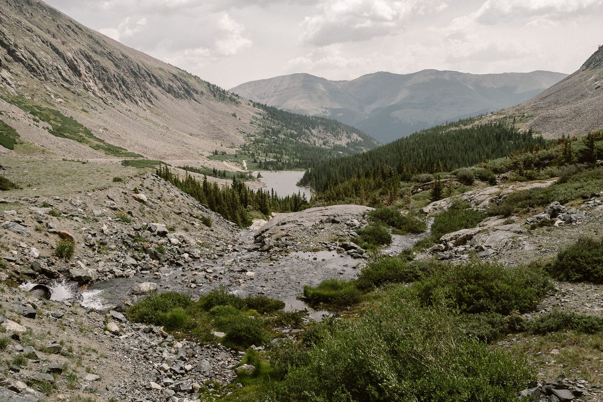 Breckenridge Elopement Locations, Colorado adventure wedding photographer, alpine lakes, mountain hike