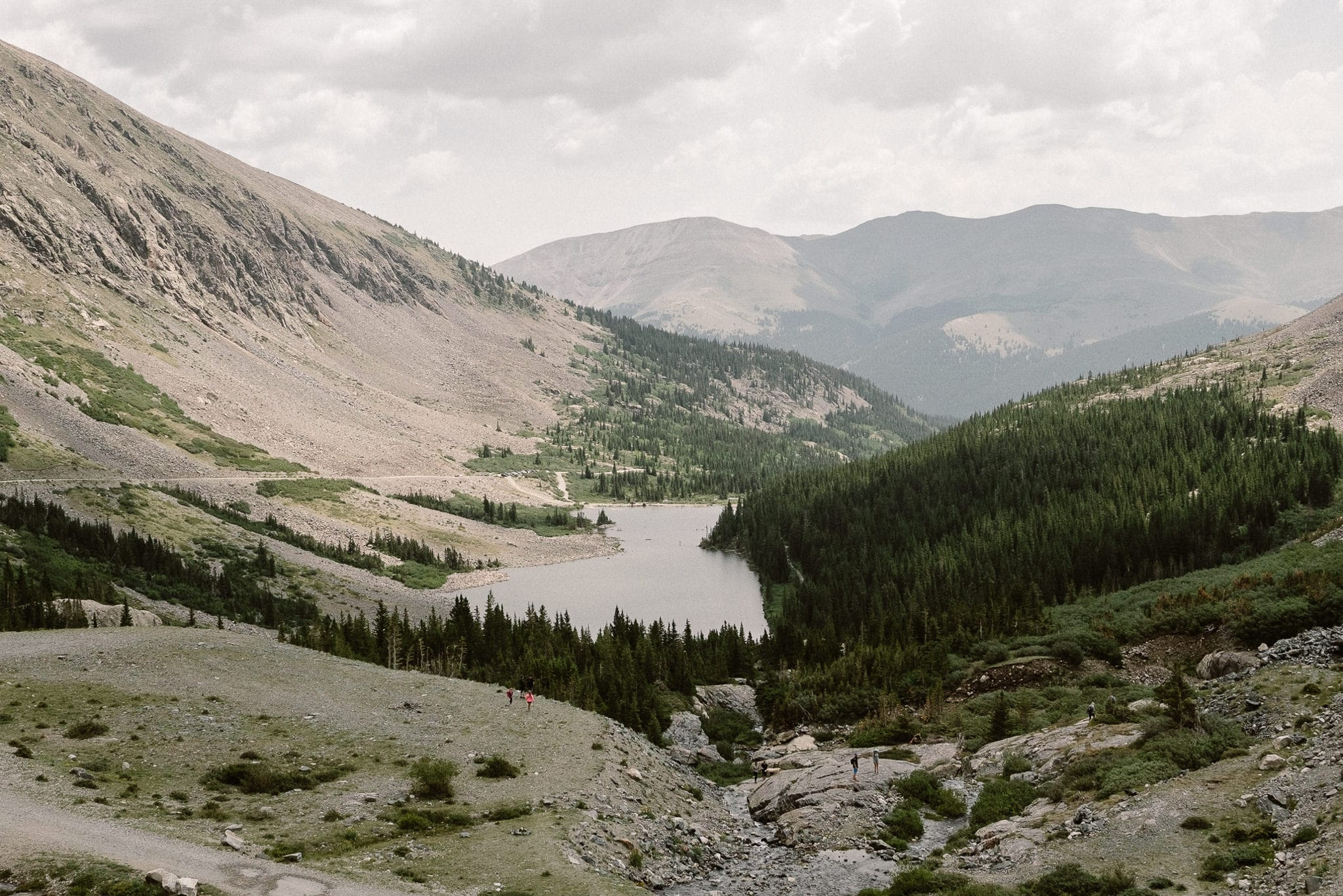 Breckenridge Elopement Locations, Colorado adventure wedding photographer, alpine lakes, mountain hike