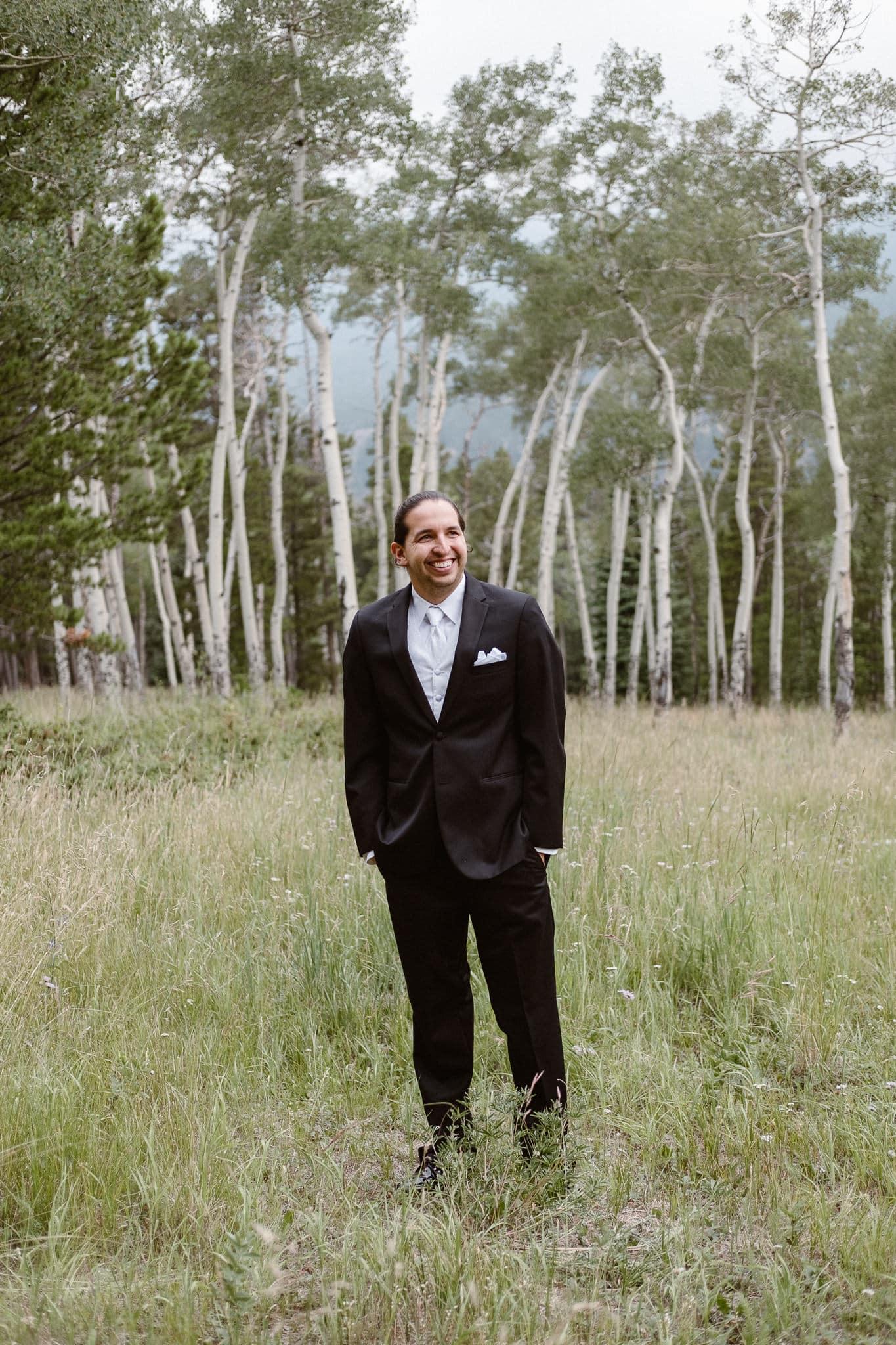Dao House wedding photographer, Estes Park wedding venue, Colorado mountain wedding, outdoor ceremony, mountain ceremony, groom portrait, aspen grove,