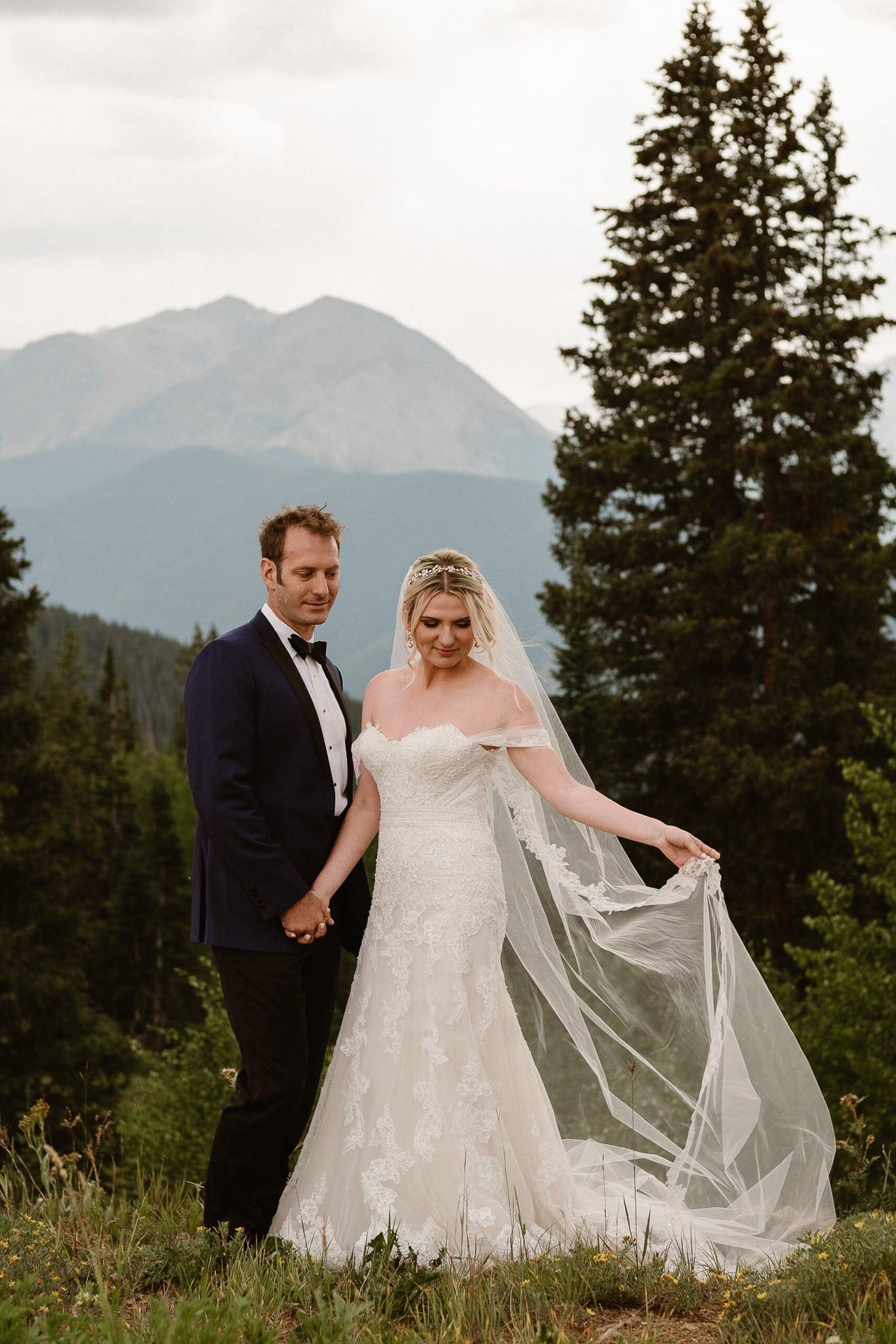 Aspen ranch wedding, Colorado mountain wedding photographer, Aspen luxury wedding, bride and groom portraits