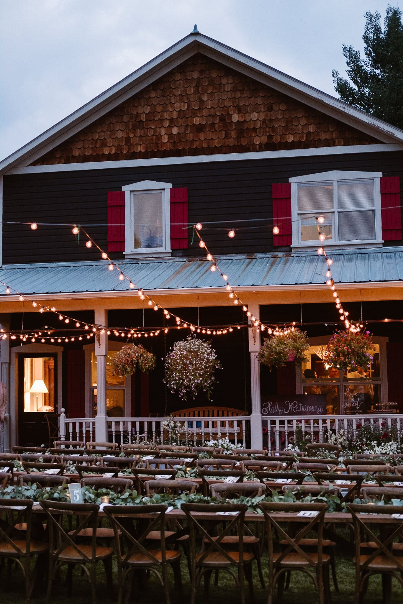 Aspen ranch wedding, Colorado mountain wedding photographer, private ranch wedding reception, wedding table settings, Events by Kira