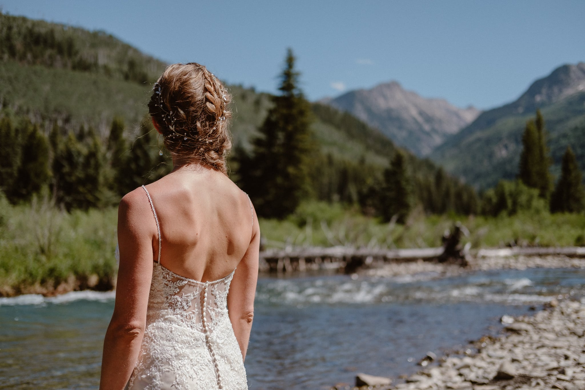Redstone Inn wedding photographer, Carbondale wedding photographer, Colorado intimate wedding photographer, bride and groom portraits by river in mountains