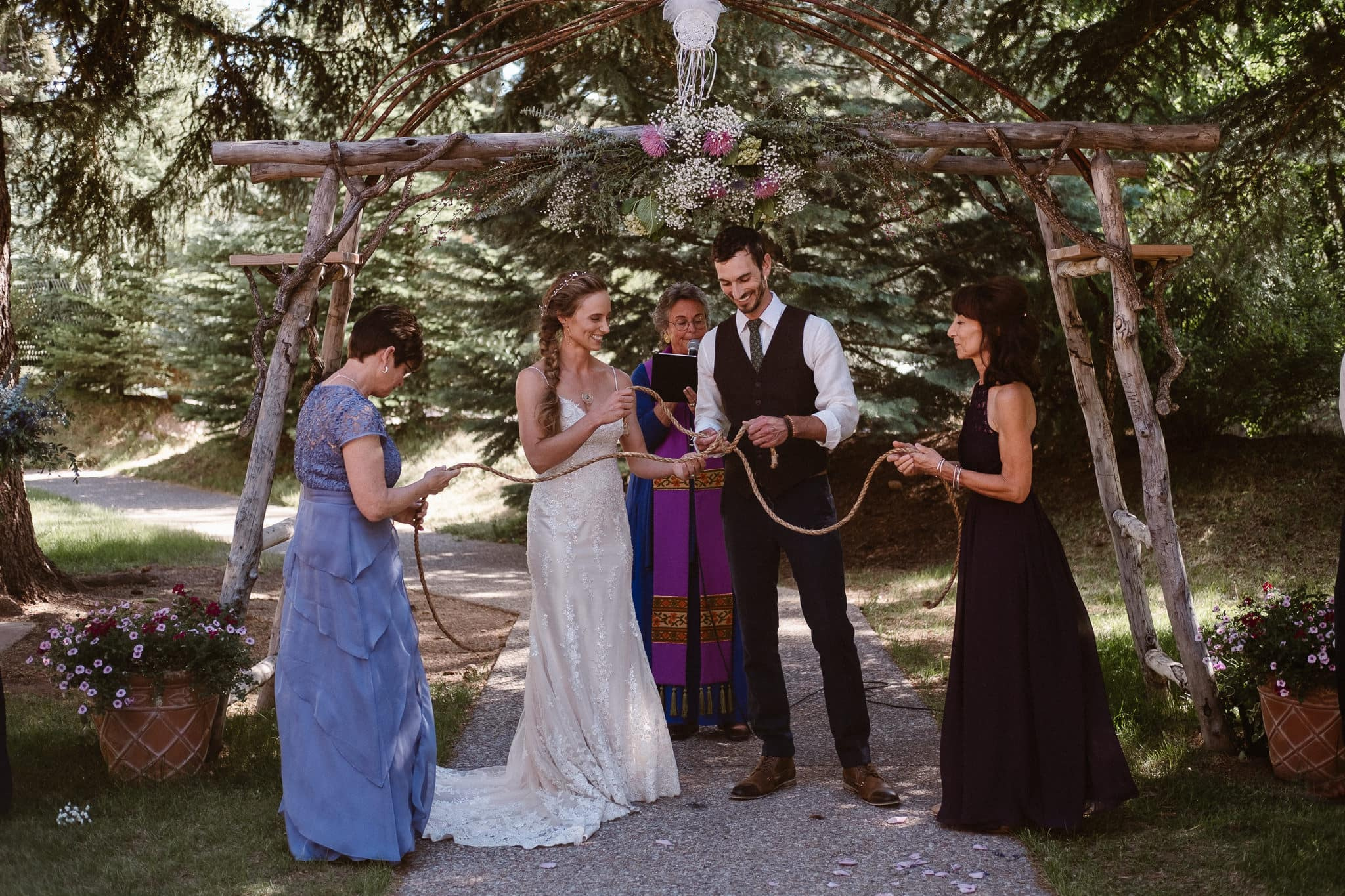 Redstone Inn wedding photographer, Carbondale wedding photographer, Colorado intimate wedding photographer, wedding ceremony with knot tying