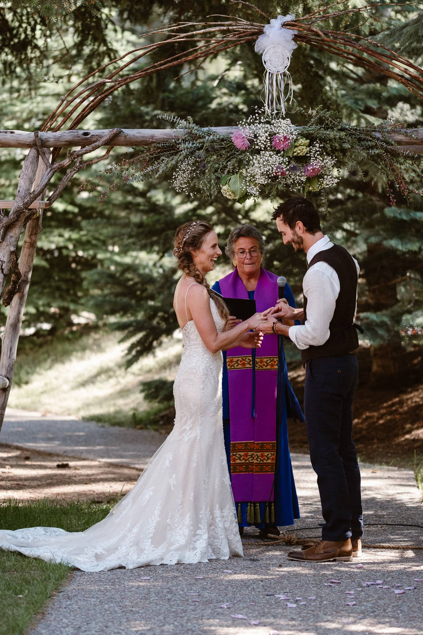Redstone Inn wedding photographer, Carbondale wedding photographer, Colorado intimate wedding photographer, wedding ceremony