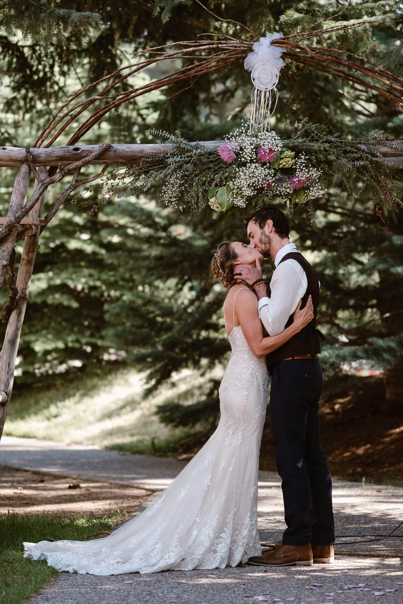 Redstone Inn wedding photographer, Carbondale wedding photographer, Colorado intimate wedding photographer, wedding ceremony first kiss