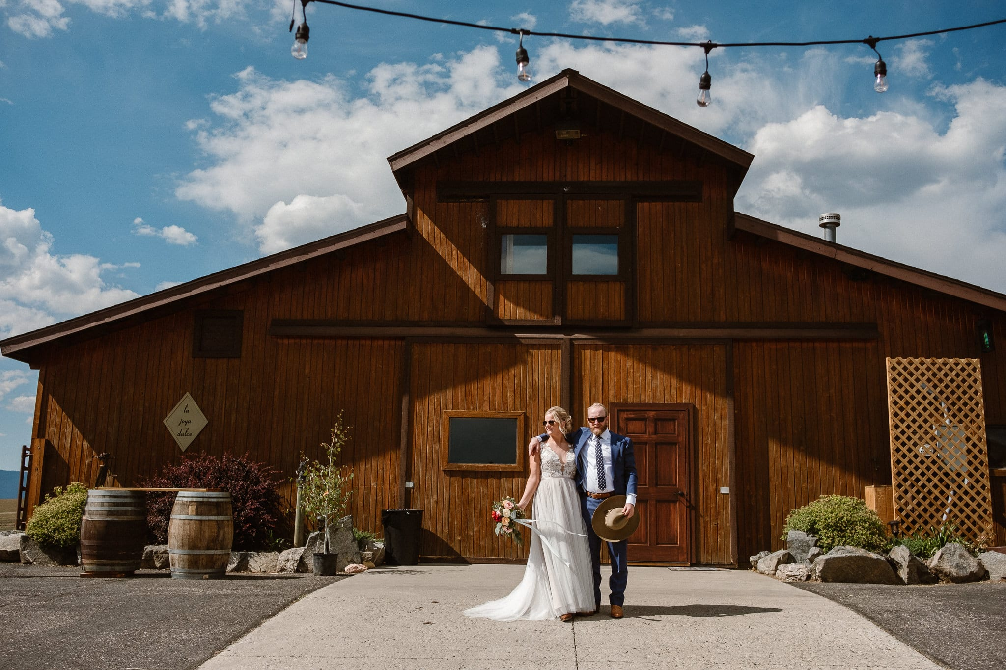 Steamboat Springs wedding photographer, La Joya Dulce wedding, Colorado ranch wedding venues, barn wedding, bride and groom portraits