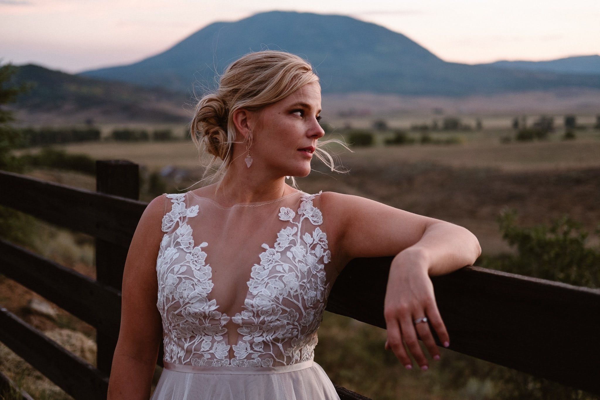 Steamboat Springs wedding photographer, La Joya Dulce wedding, Colorado ranch wedding venues, bridal portraits at sunset, bride with lace top wedding dress