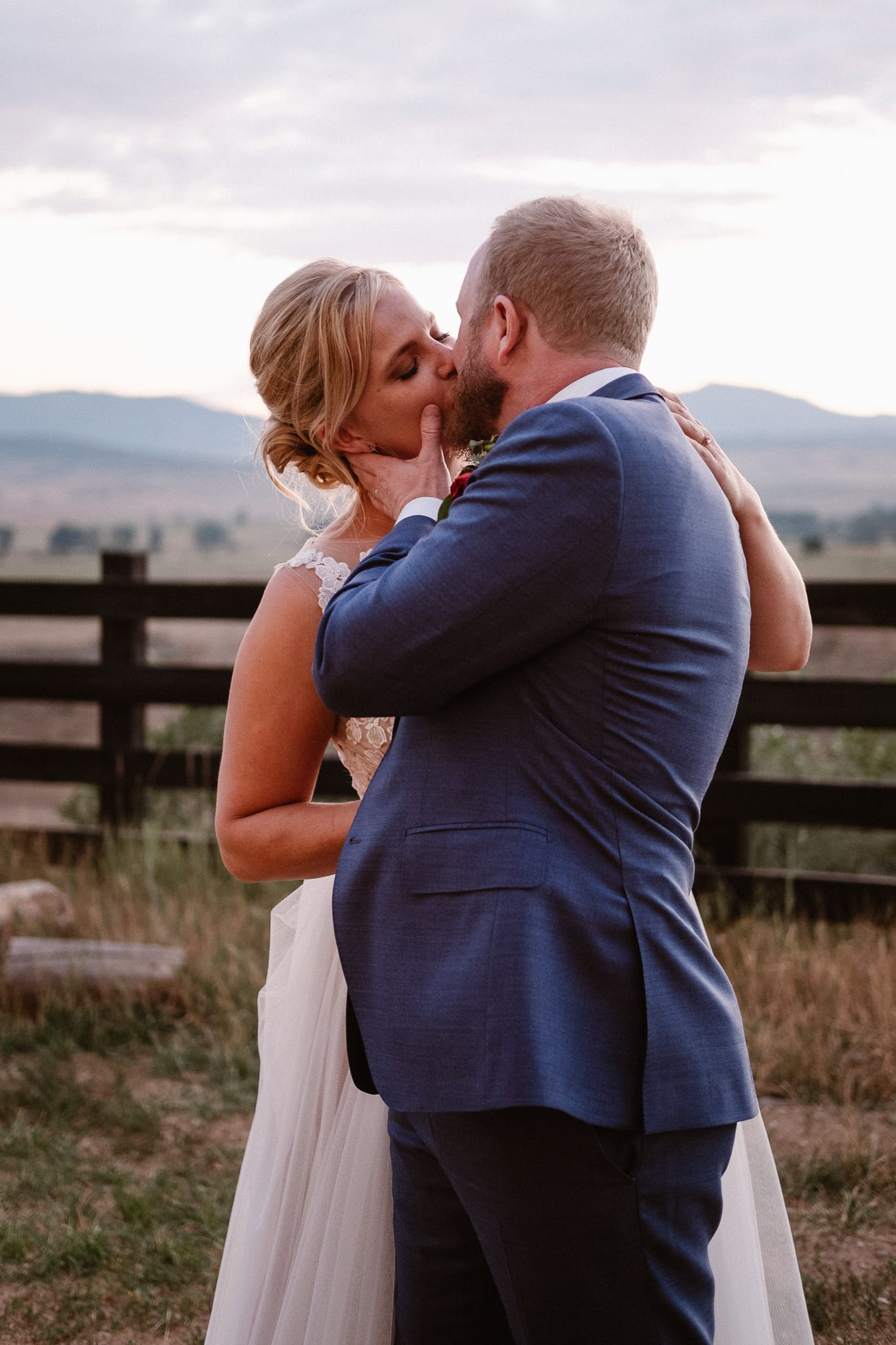 Steamboat Springs wedding photographer, La Joya Dulce wedding, Colorado ranch wedding venues, bride and groom kissing