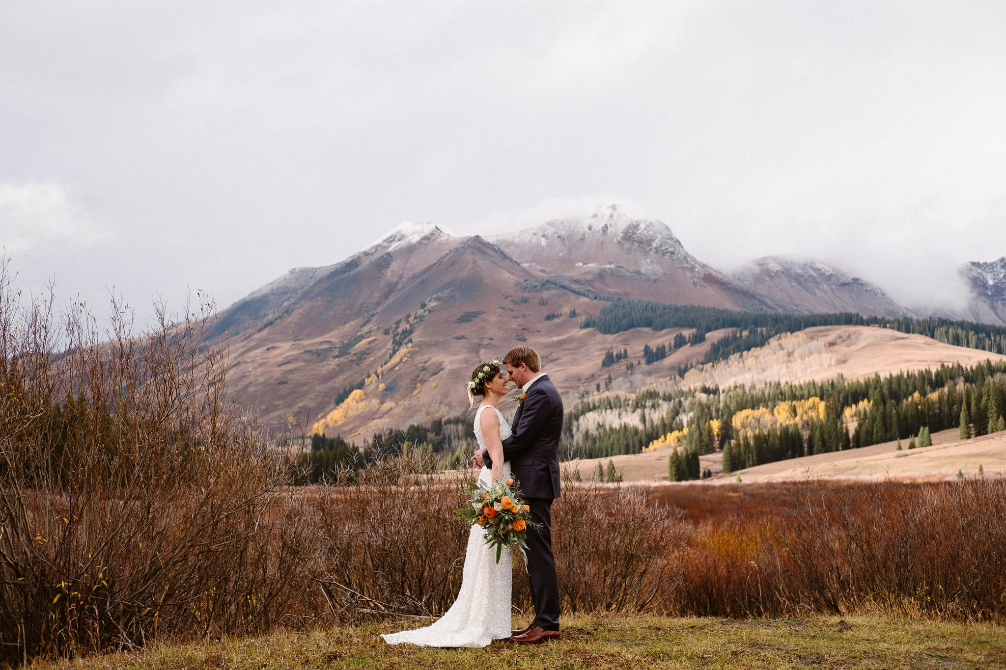 Crested Butte Wedding Photographer, Scarp Ridge Lodge intimate elopement, self solemnized elopement in Colorado, bride and groom portraits