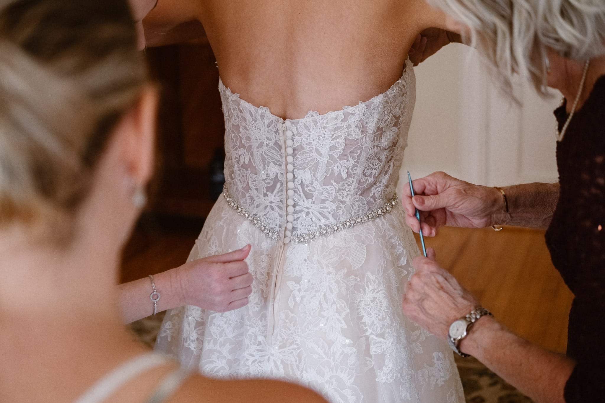 Grant Humphreys Mansion Wedding Photographer, Denver wedding photographer, Colorado wedding photographer, bride getting ready