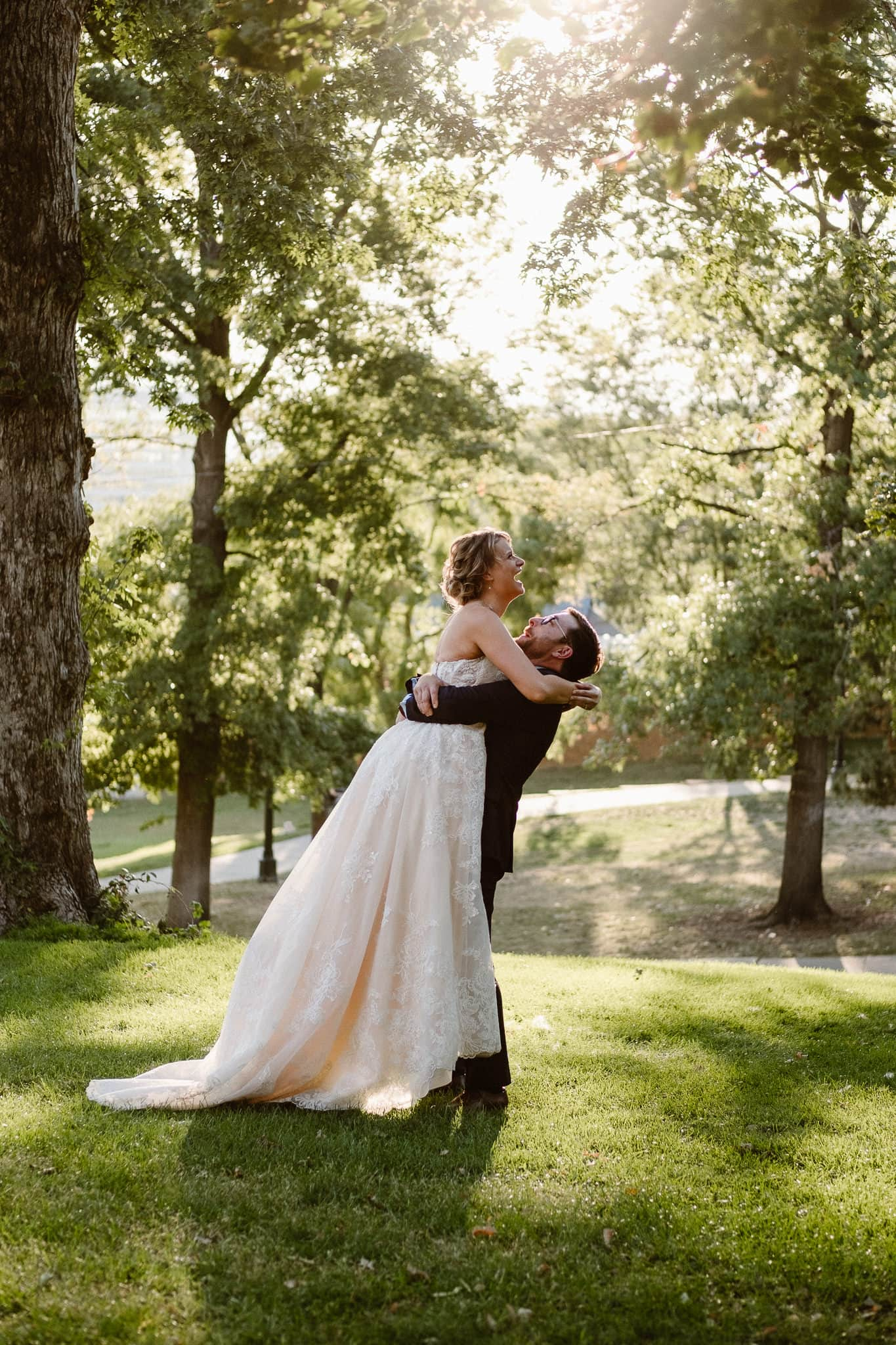 Grant Humphreys Mansion Wedding Photographer, Denver wedding photographer, Colorado wedding photographer, bride and groom portraits, golden hour wedding photos