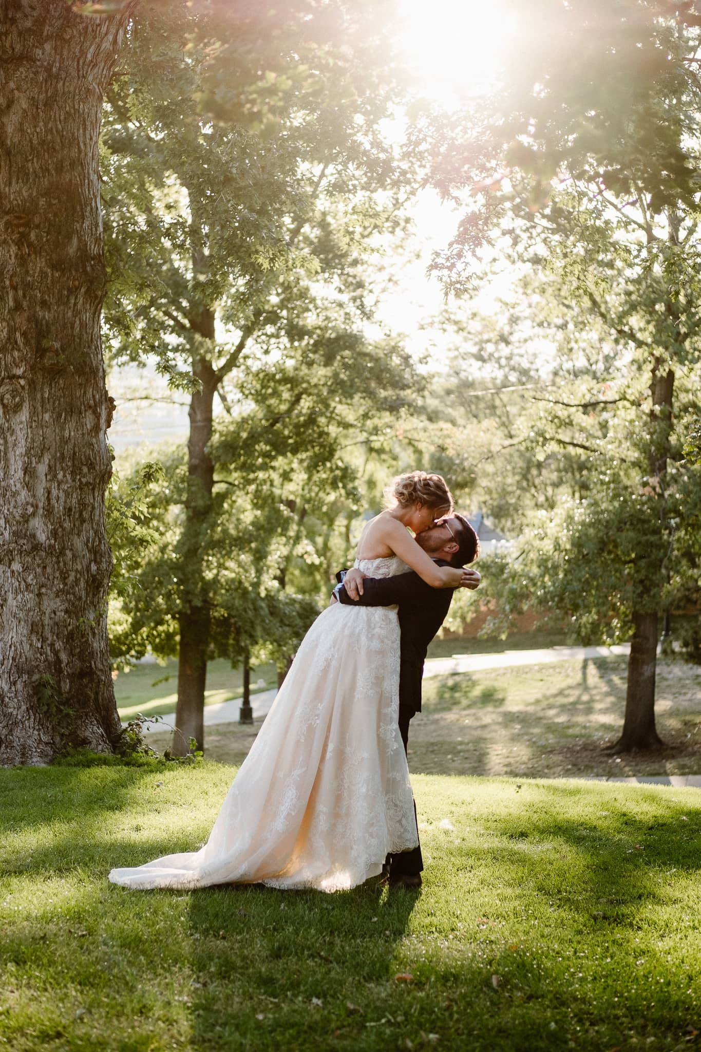 Grant Humphreys Mansion Wedding Photographer, Denver wedding photographer, Colorado wedding photographer, bride and groom portraits, golden hour wedding photos