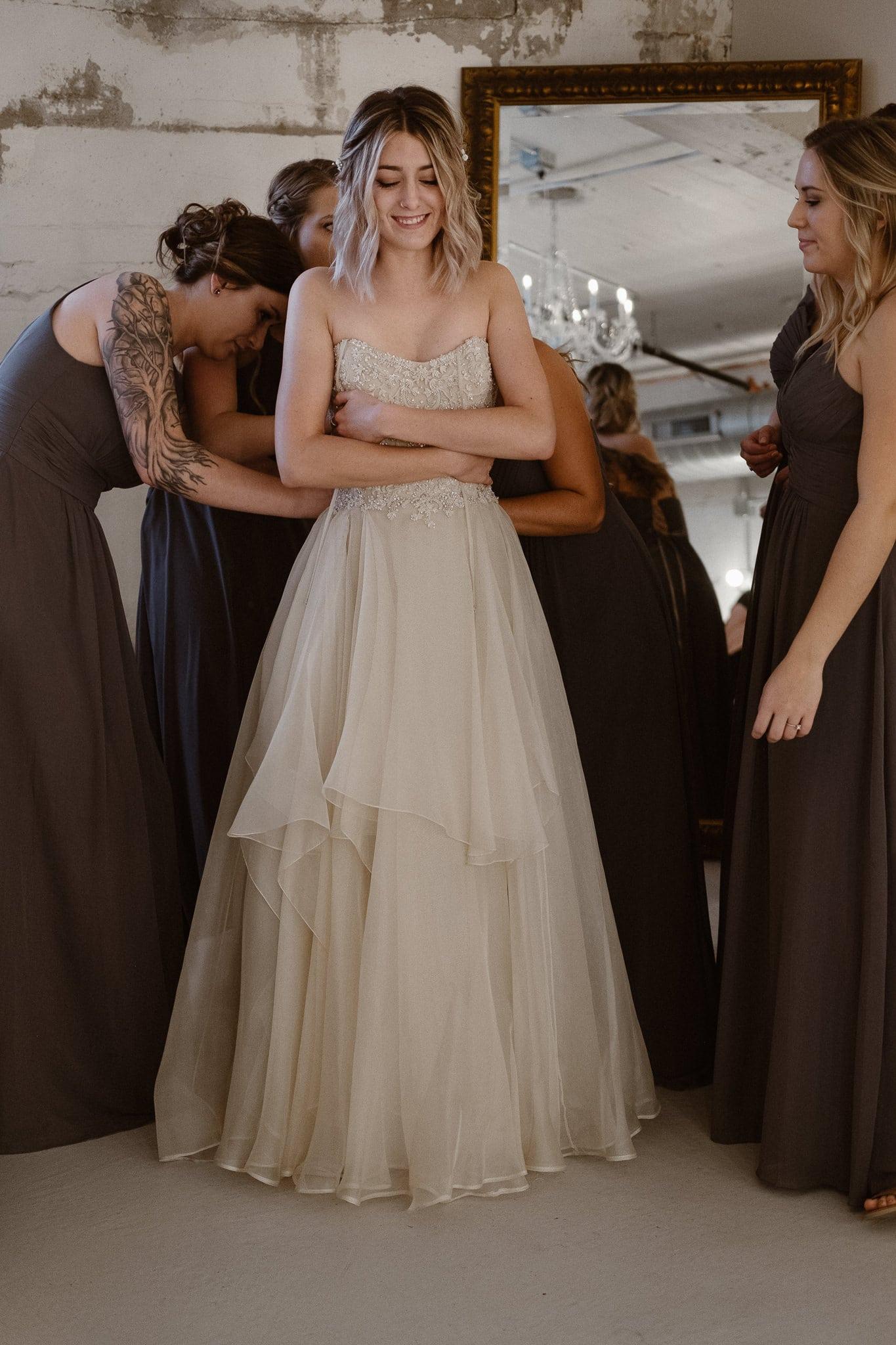 St Vrain Wedding Photographer | Longmont Wedding Photographer | Colorado Winter Wedding Photographer, Colorado industrial chic wedding, bride getting ready
