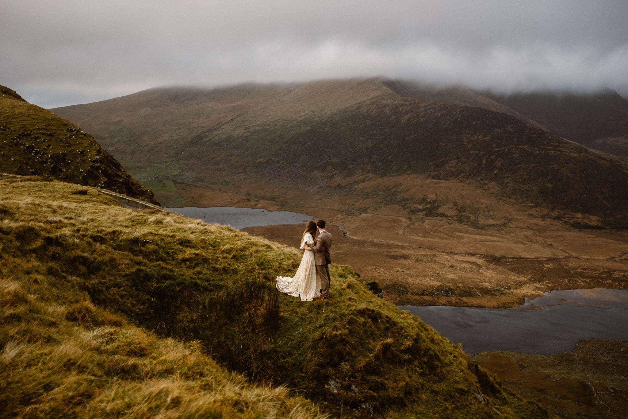 Ireland elopement photographer, Conor Pass adventure elopement, Ireland destination wedding photographer, adventure wedding photographer, hiking elopement