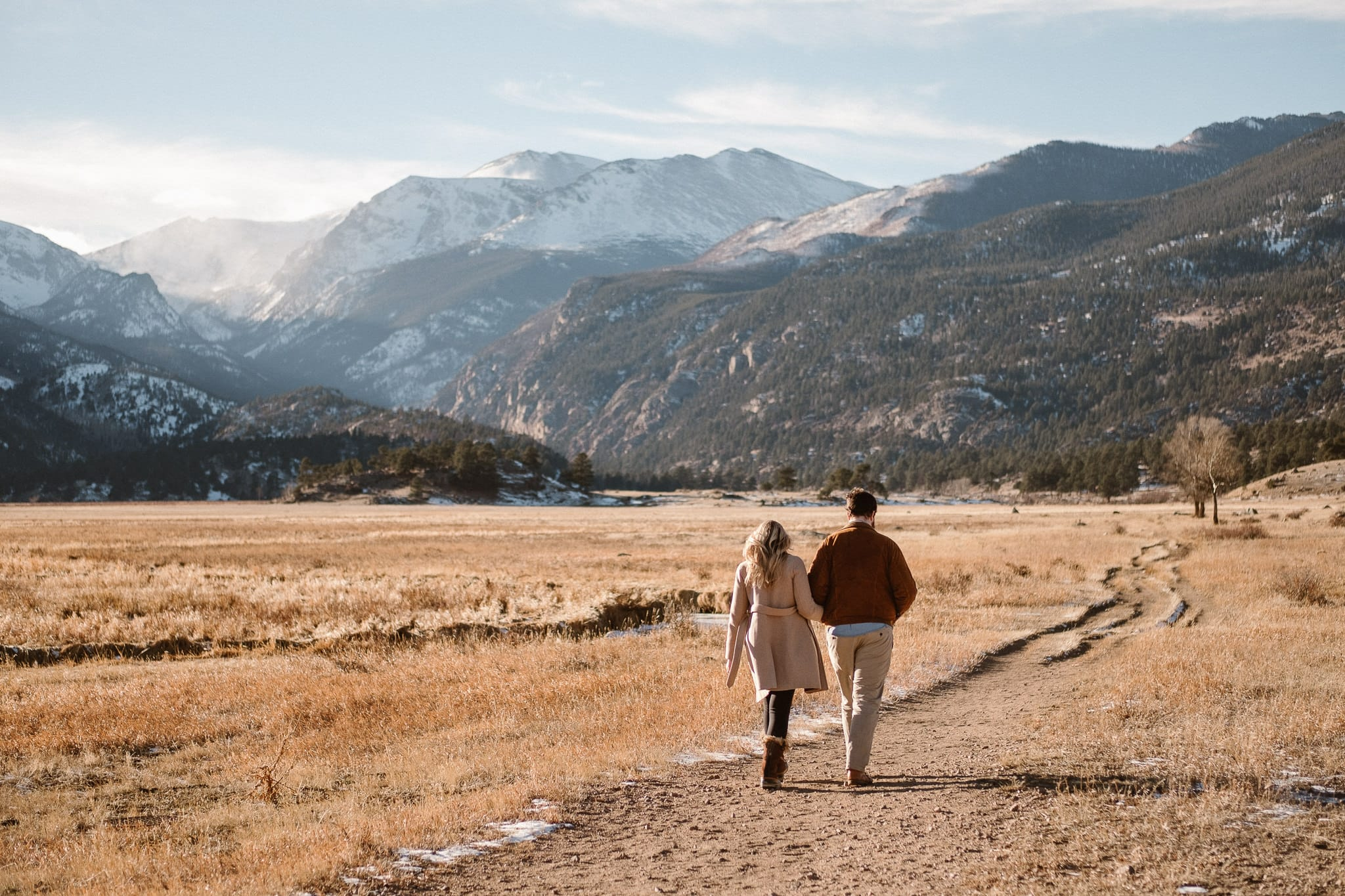 Moraine Valley engagement session in Rocky Mountain National Park