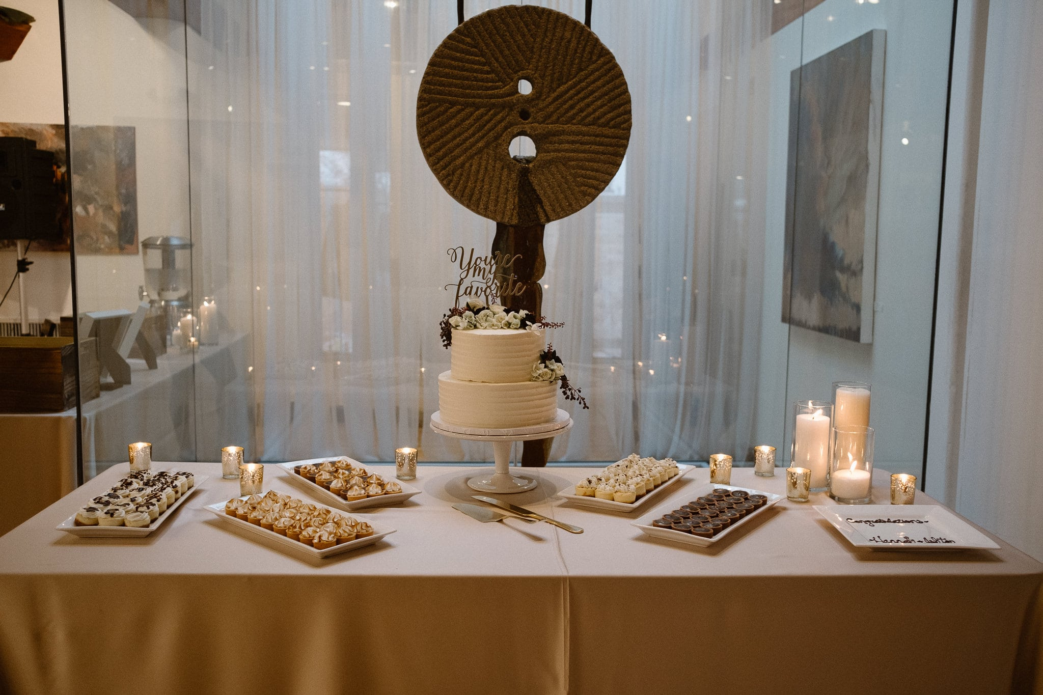 Rembrandt Yard wedding photographer, Boulder wedding photographer, Colorado Jewish wedding, wedding cake table with white cake and petit fours