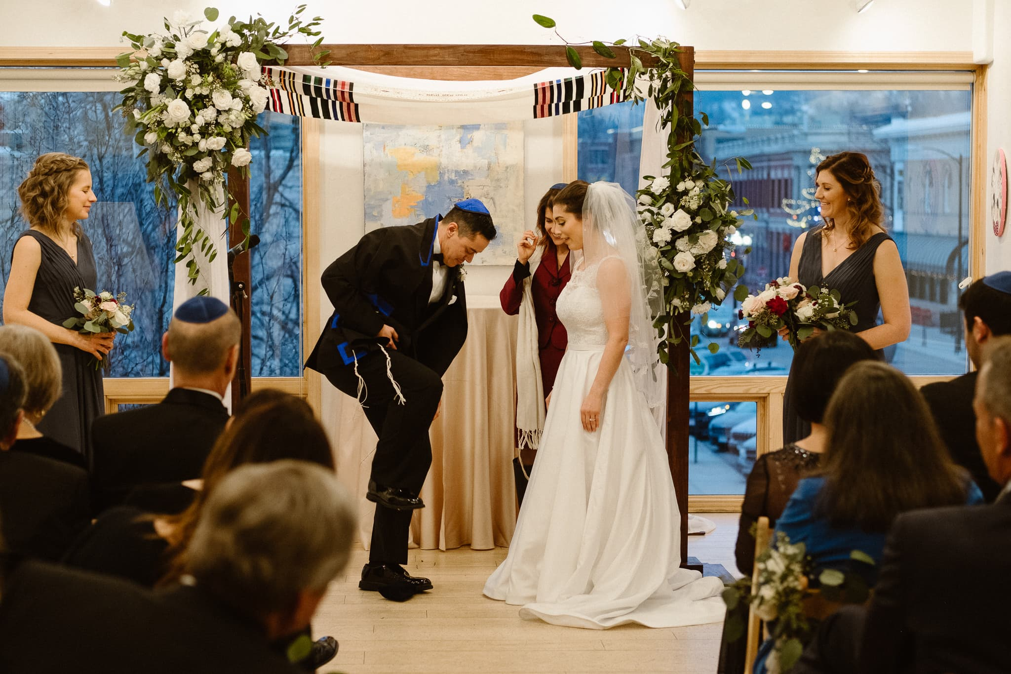 Rembrandt Yard wedding photographer, Boulder wedding photographer, Colorado Jewish wedding ceremony, groom breaking glass