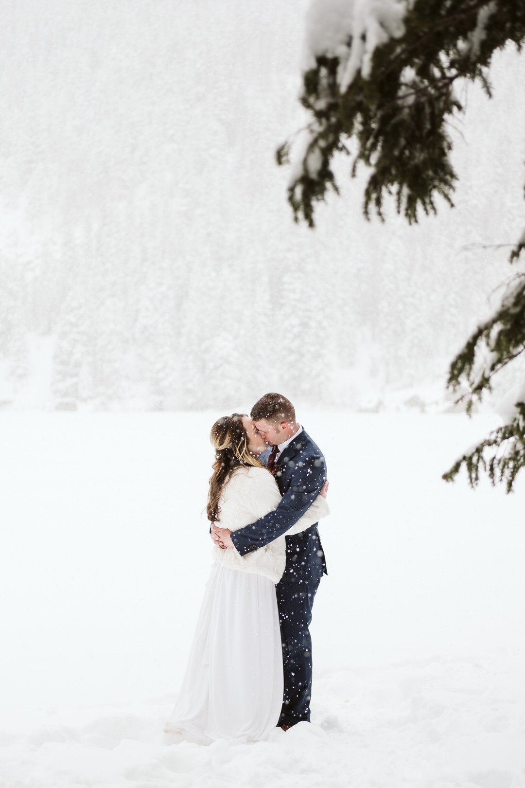 Winter elopement photos at Bear Lake in RMNP Colorado