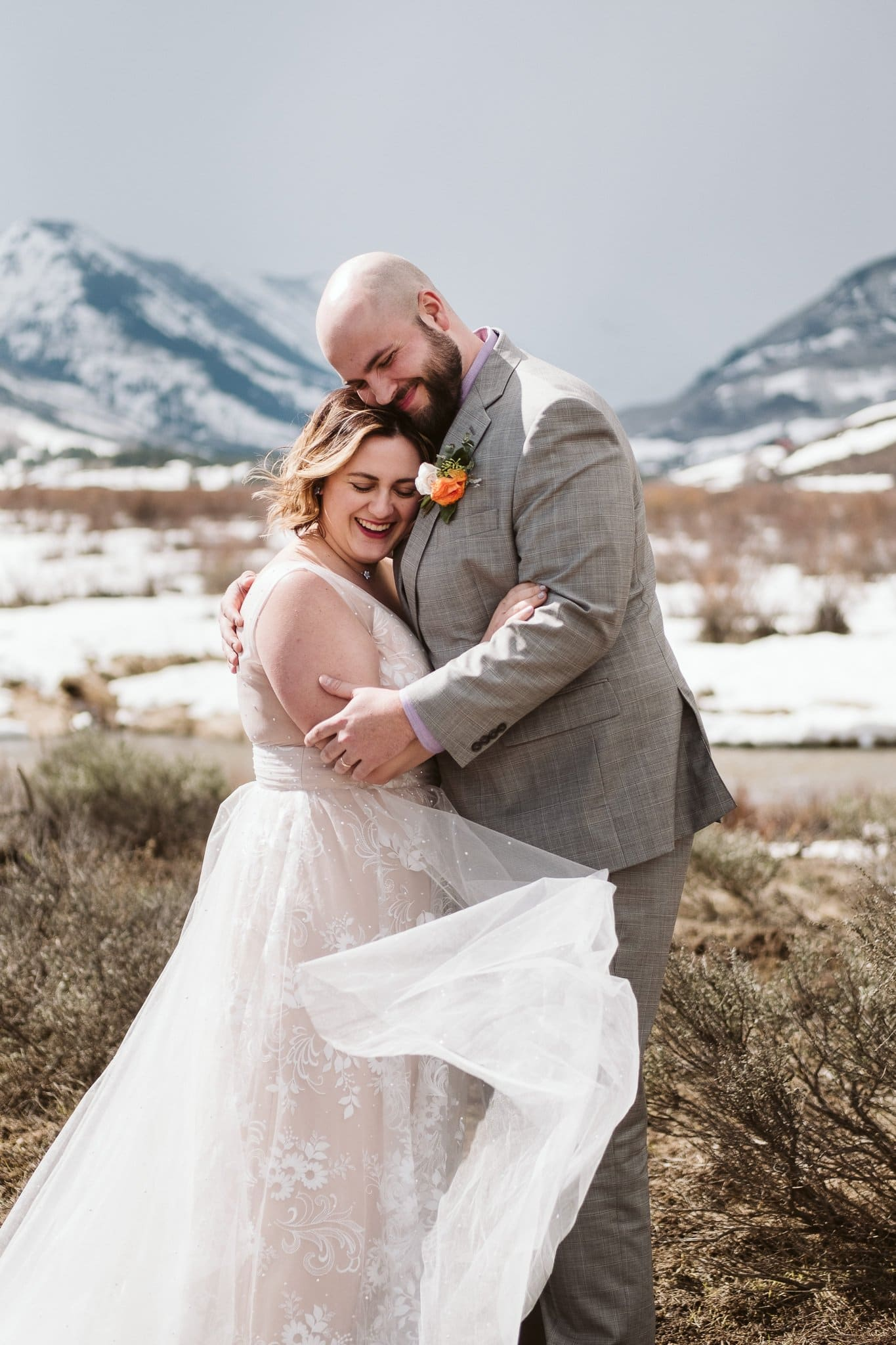 Crested Butte wedding photos in snow, winter mountain elopement