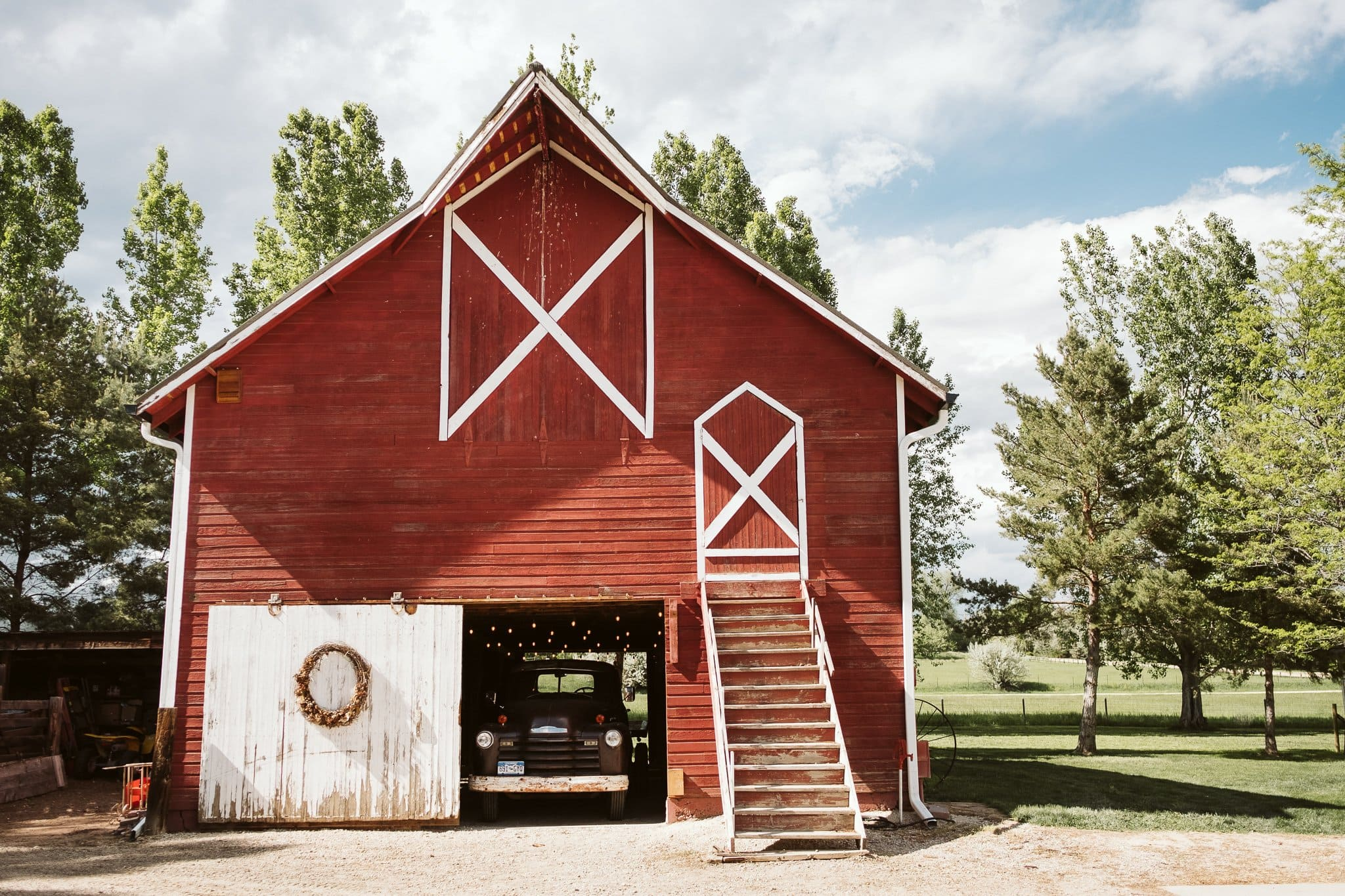 milston-well-farm-wedding-venue-boulder-25