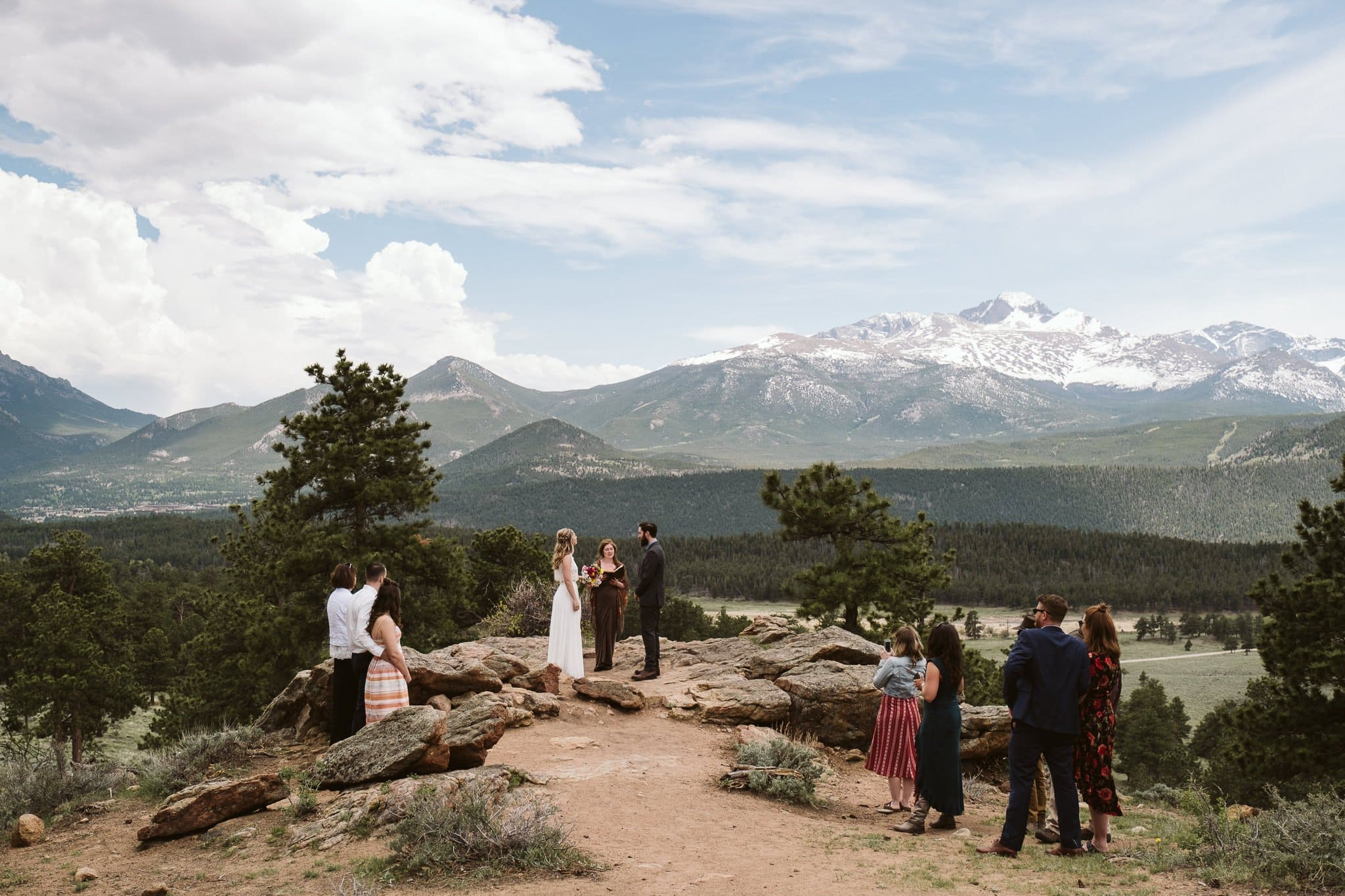 3M Curve wedding ceremony in Rocky Mountain National Park