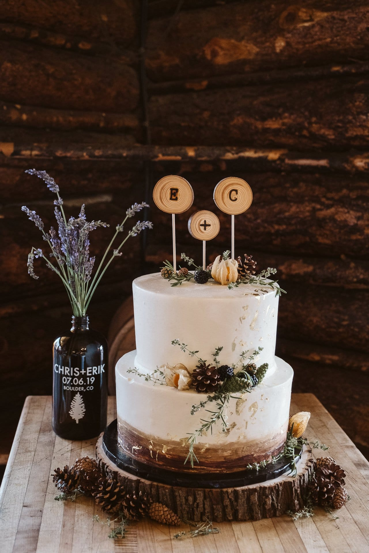 White and gold rustic wedding cake by Shamane's Bake Shoppe in Boulder Colorado