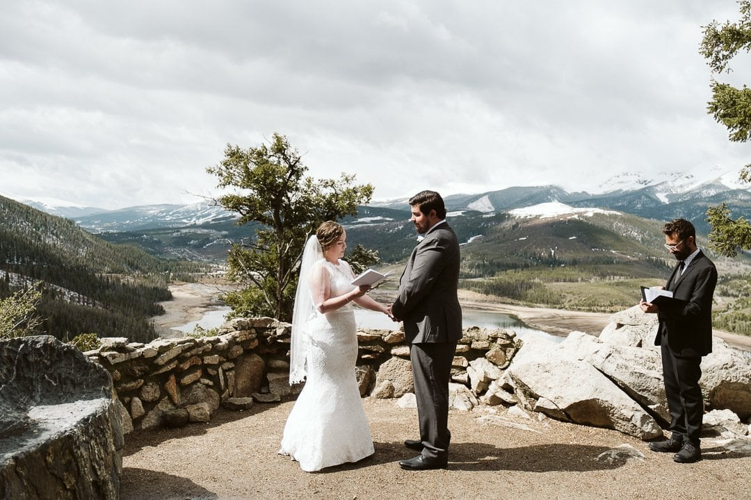 Sapphire Point Overlook elopement with spring snow in Summit County