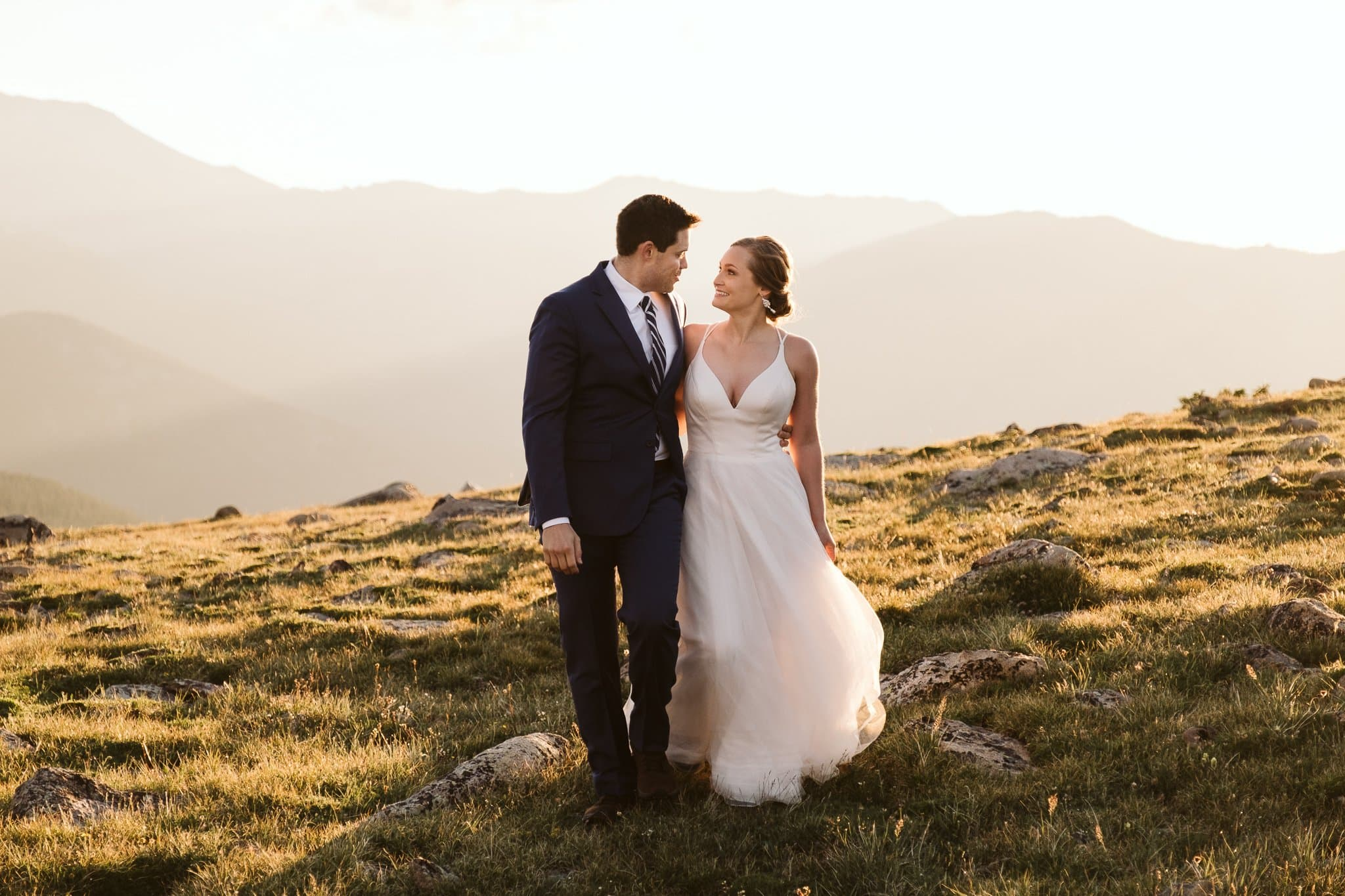 Colorado adventure elopement at sunrise, hiking wedding in the Rocky Mountains