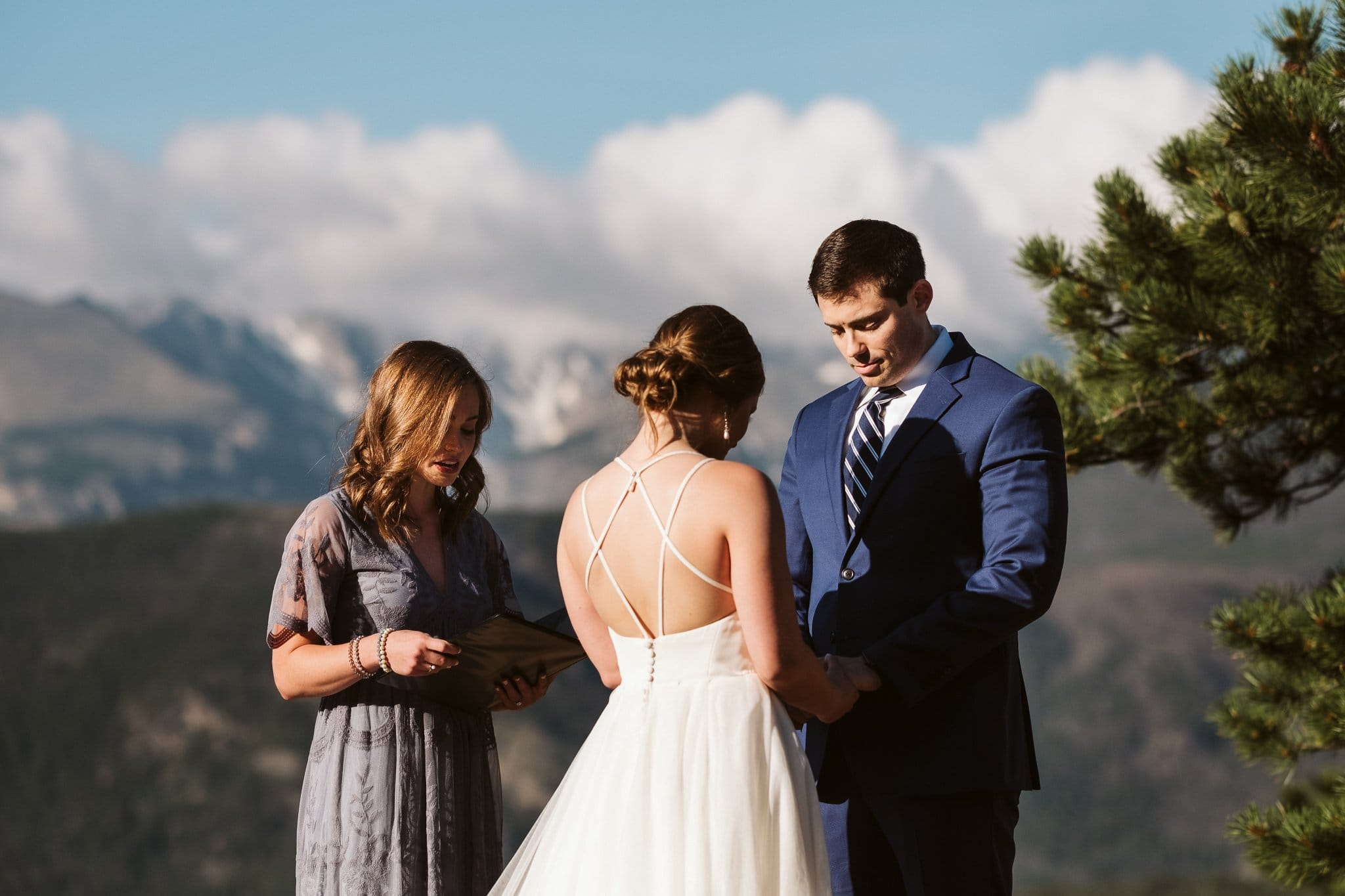 Elopement ceremony at 3M Curve in Rocky Mountain National Park