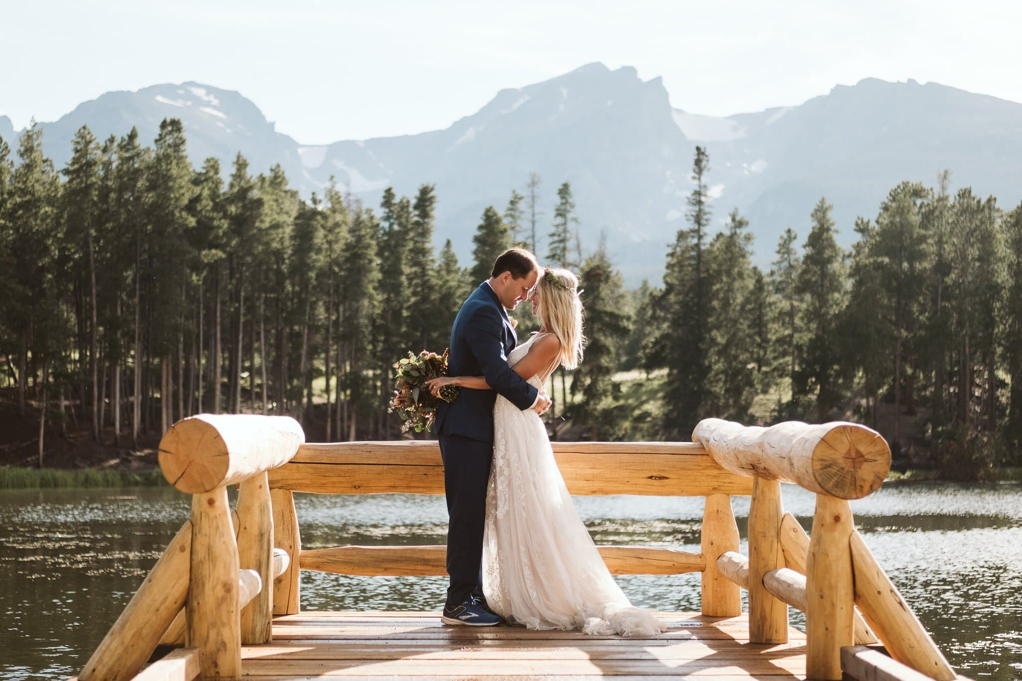 Sprague Lake elopement photos in Rocky Mountain National Park, Colorado elopement photographer