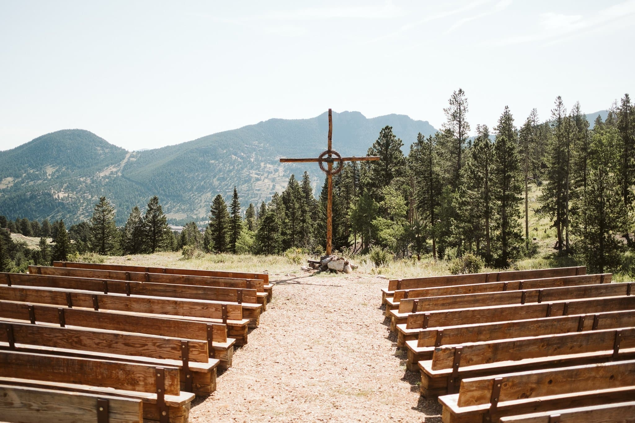 YMCA of the Rockies Estes Park wedding venue, outdoor ceremony venue with cross