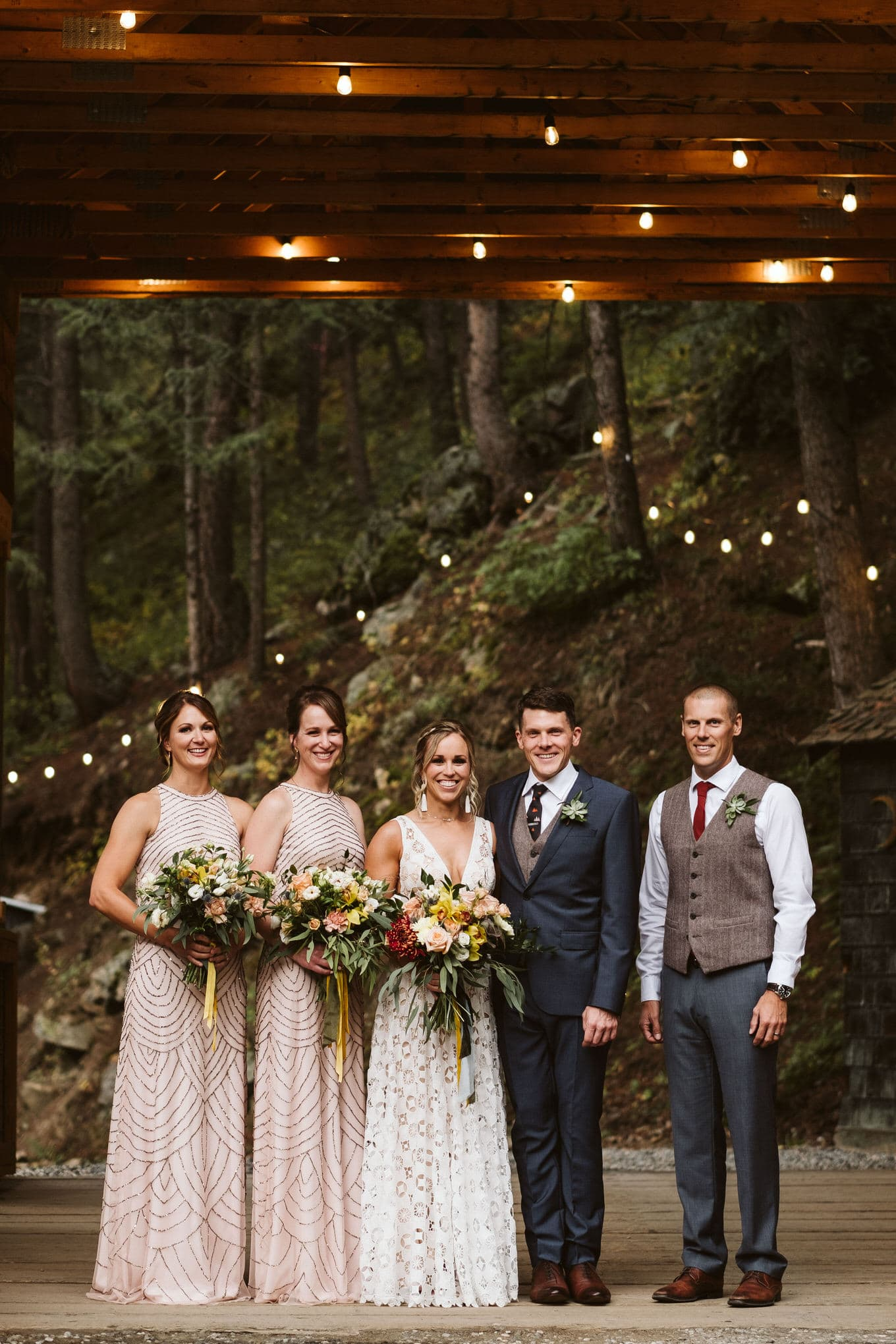 Wedding party at Blackstone Rivers Ranch in Idaho Springs