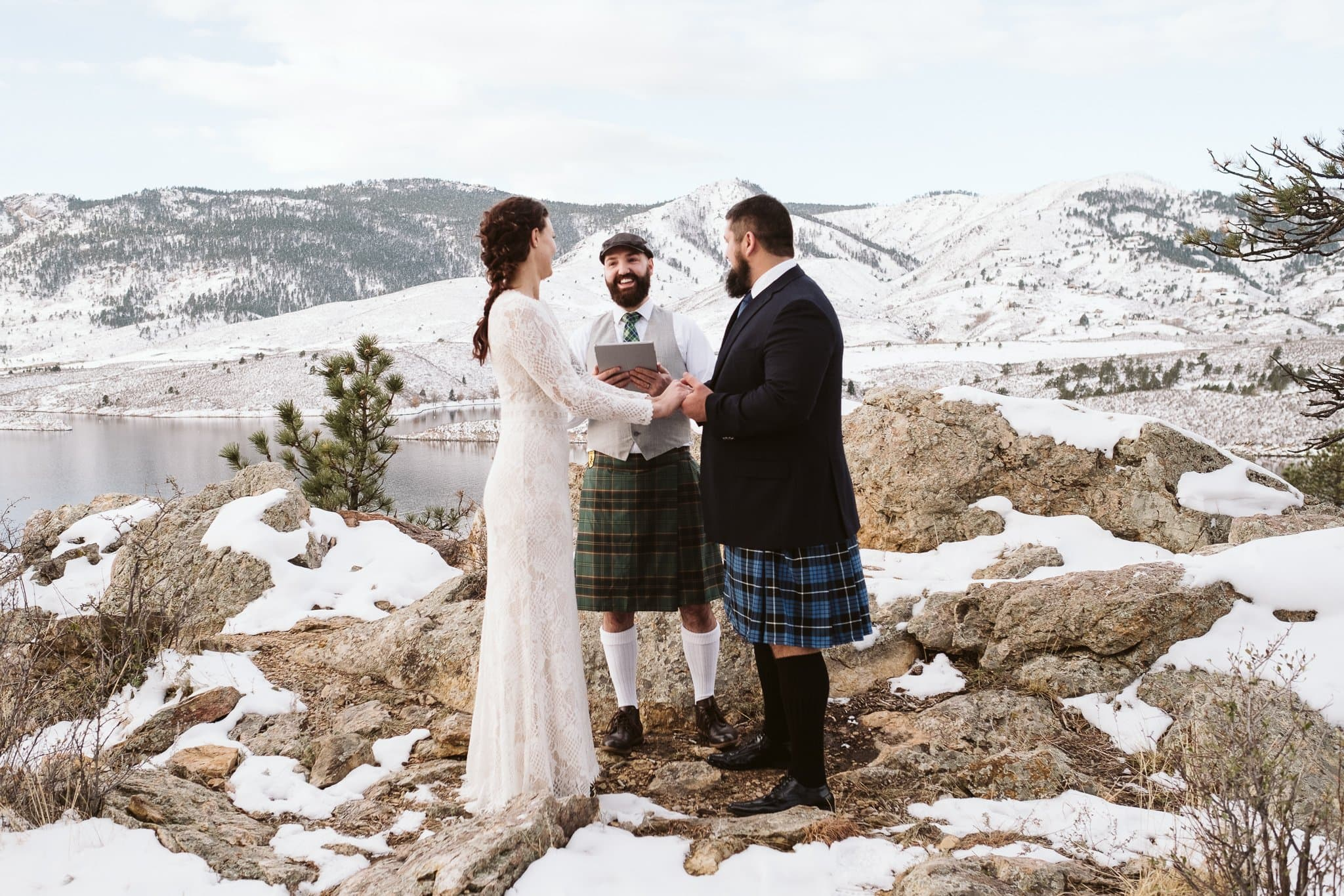 Elopement ceremony with officiant in Colorado