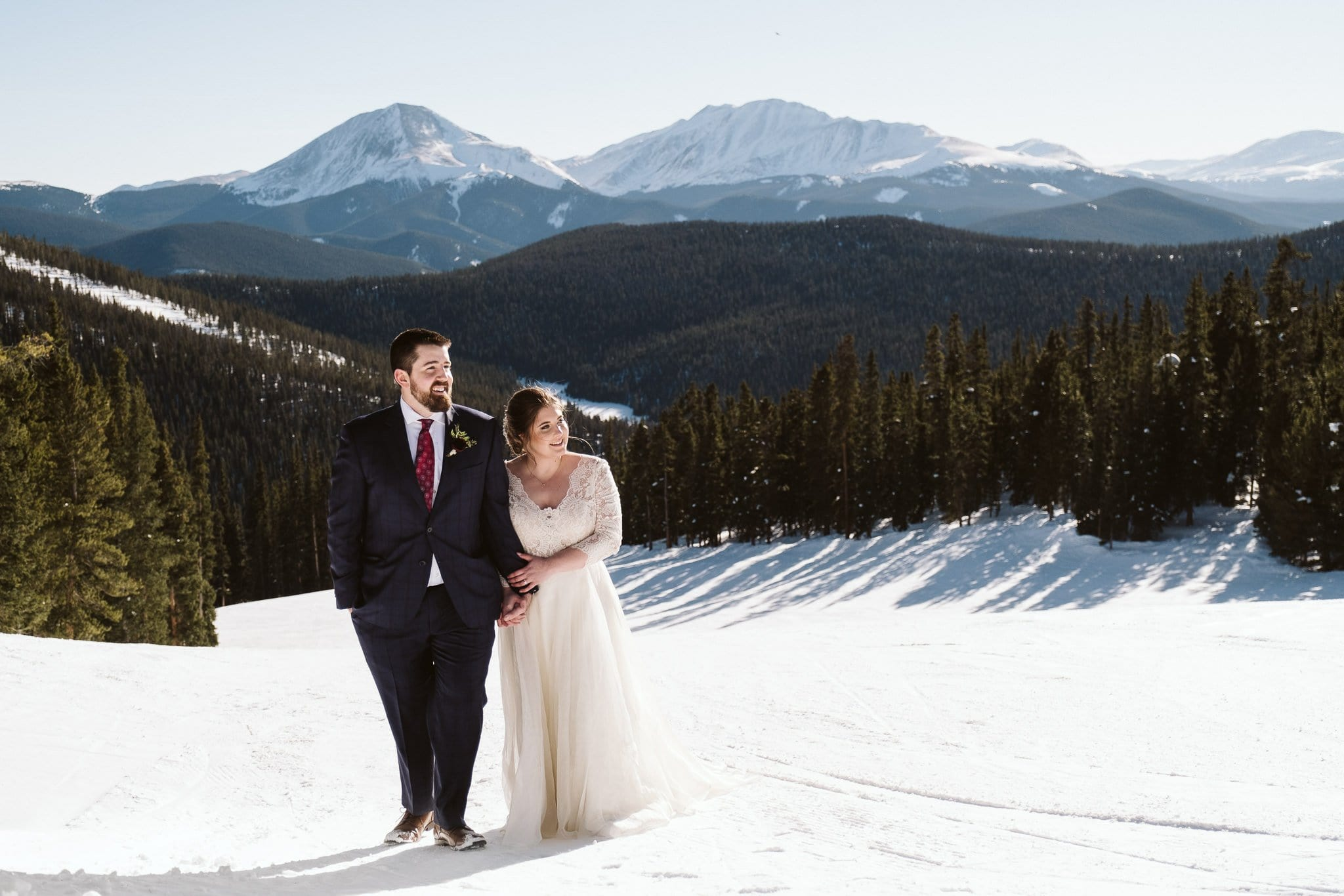 Bride and groom on the ski slopes at Keystone in Colroado.