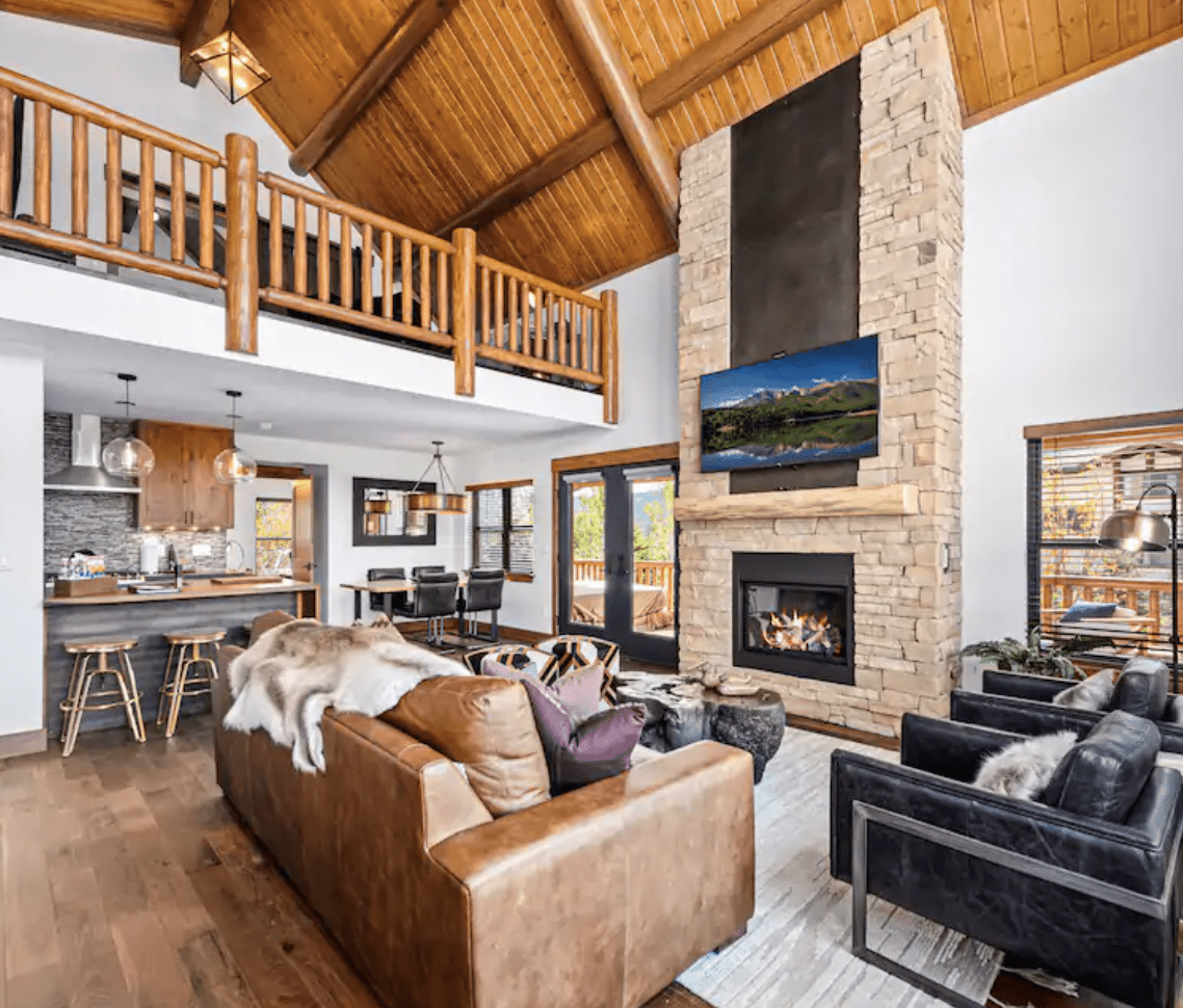Luxury airbnb in Estes Park