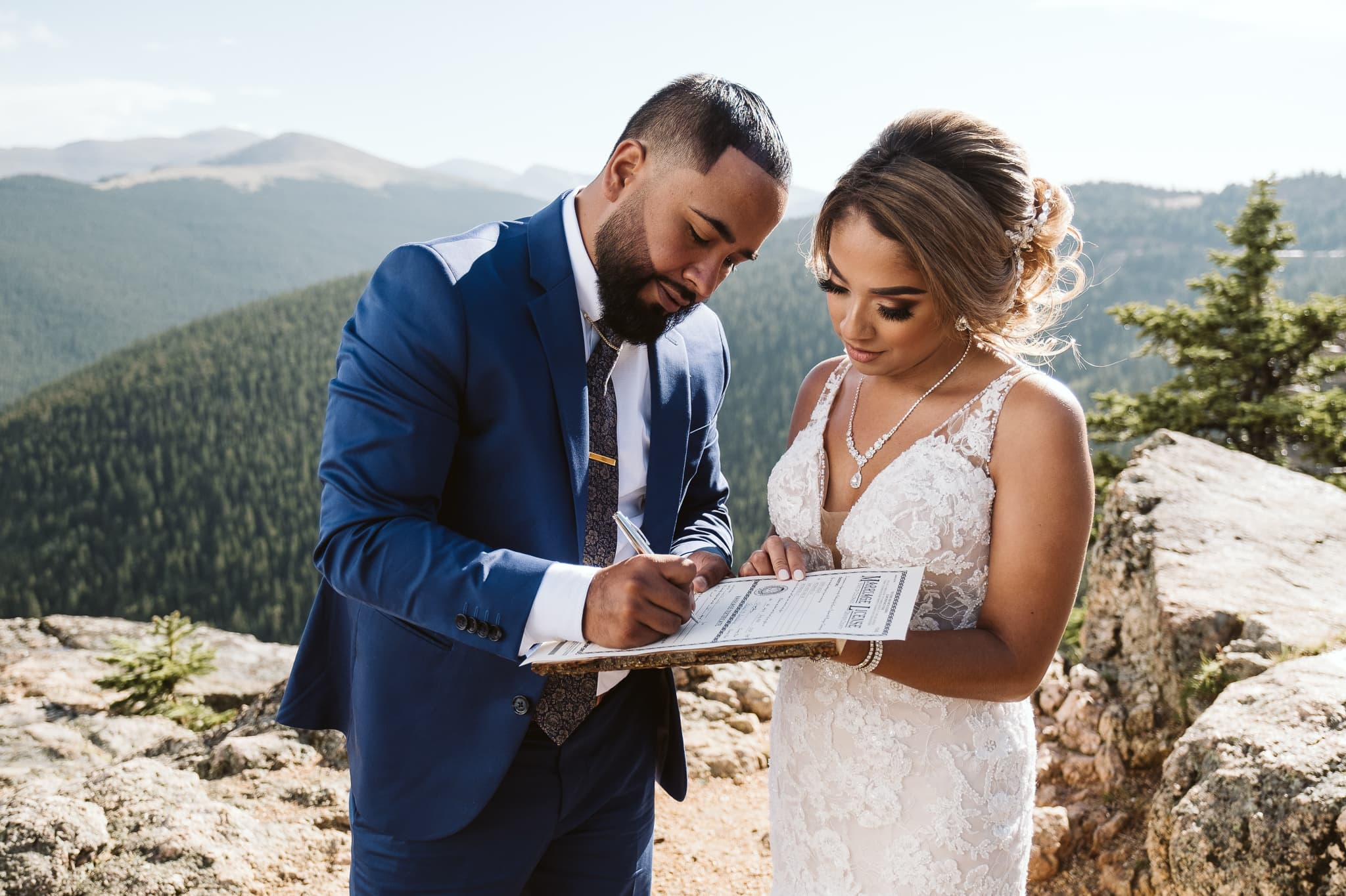 Couple self-solemnize their elopement in Colorado