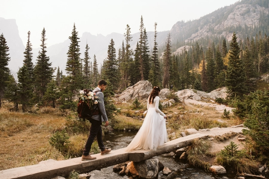 Hiking elopement in Colorado
