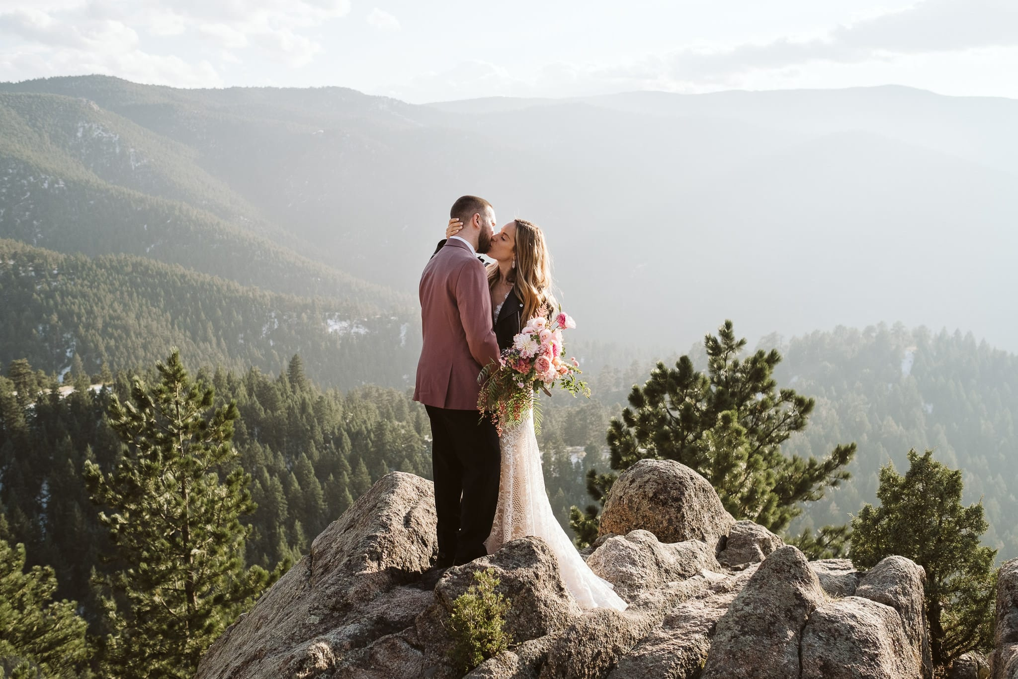 Boulder hiking elopement