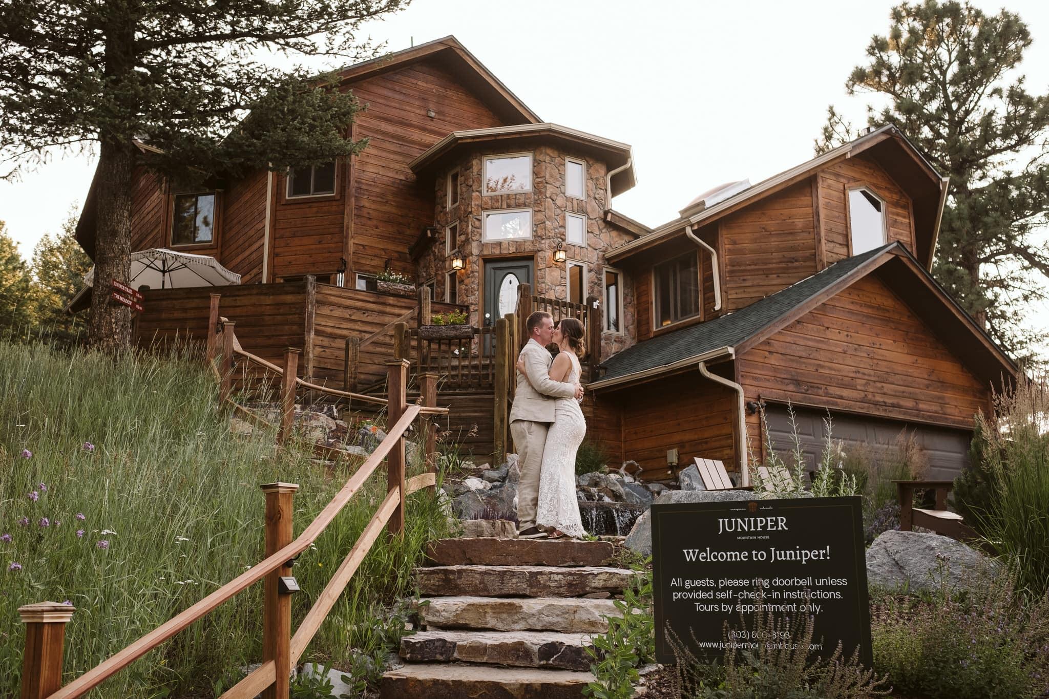 Juniper Mountain House small wedding venue in Evergreen, Colorado.